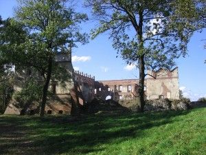 ruiny zamku w Krupem 2